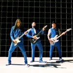 de 3 gitaaristen van BZB met hun instrumenten